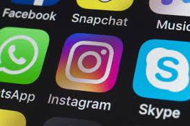 comment partager une publication Facebook sur Instagram 1